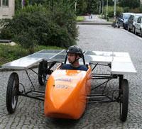 Solární vůz z dílny ČVUT