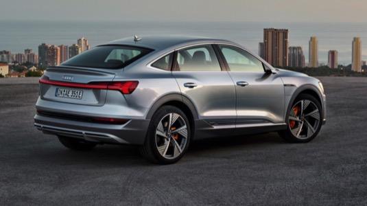 auto elektromobil Audi e-tron Sportback