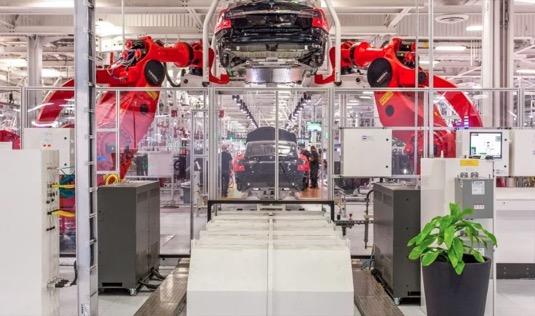 auto výroba elektromobilů Tesla