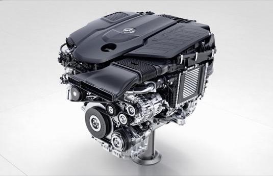 auto spalovací motor diesel šestiválec