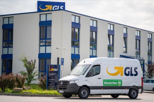 Mezinárodní balíkový přepravce GLS v průběhu července výrazně rozšířuje svůj vozový park v České republice.