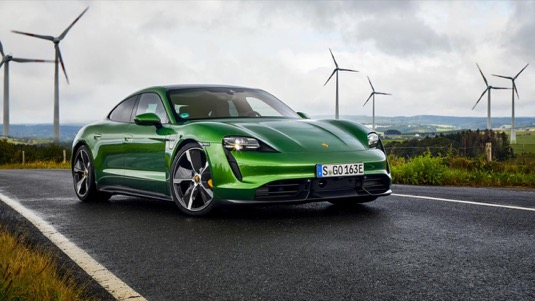 auto elektromobil Porsche Taycan