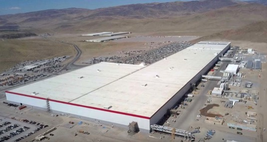 auto gigatovárna 1 Tesla Reno Nevada