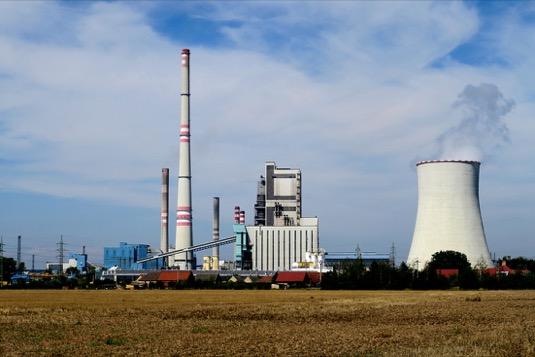 Stovky tisíc Pražanů a Středočechů si v budoucnu budou užívat klimaticky přívětivější teplo a horkou vodu. Místo uhlí zajistí teplo domovů nejen v metropoli ekologičtější plyn, biomasa a energetické využití odpadů.