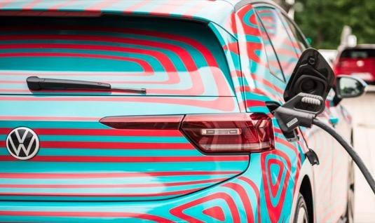 auto elektromobil Volkswagen ID