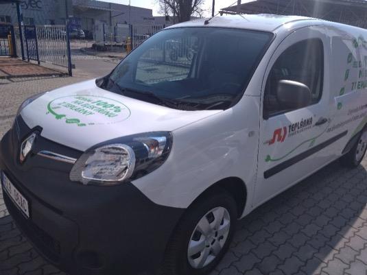 Dvoumístný furgon se speciální dílenskou vestavbou je určený pro městský a příměstský provoz.