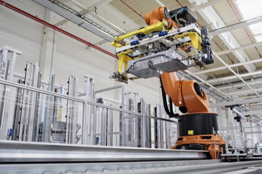auto výroba baterií ve Škoda Auto