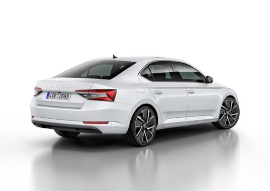 auto plug-in hybrid Škoda Superb iV