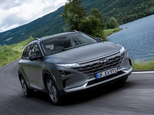Investice do budování infrastruktury a efektivní výroby elektromobilů s palivovými články má upevnit vedoucí postavení společnosti Hyundai v oblasti vodíkového pohonu