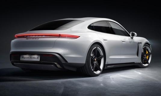 auto elektromobil Porsche Taycan premiéra