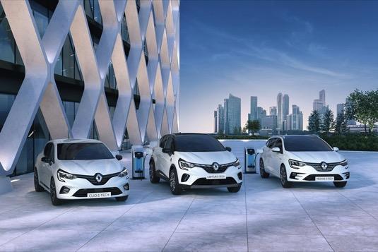 Inovativní technologie hybridních a Plug-in hybridních modelů Renault E-TECH, na kterou se vztahuje 150 patentů Renaultu, představuje unikátní řešení, které umožňuje maximální využití elektrického pohonu.