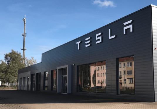 servisní centrum Tesla v Hannoveru