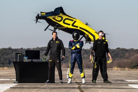 létající dron závodní DLC Big Drone