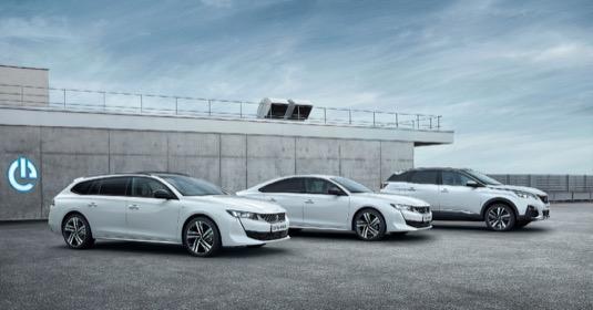 Automobilka Peugeot zveřejnila české ceny plug-in hybridů Peugeot 3008, 508 a 508 SW. Klienti v ČR mohou již nyní tyto vozy objednávat. První dodávky se uskuteční už letos na jaře.