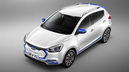 auto elektromobil Čína Volkswagen JAIC JAC iEV7S