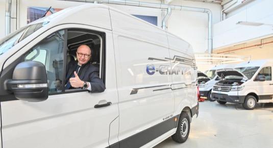 Jde o dosud největší objednávkuz čistě elektrických vozů e-Crafter. Chronopost spoléhá na přepravu s nulovými lokálními emisemi.