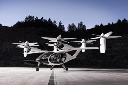 Elektrická letadla/osobní drony podle Toyoty představují novou naději na zlepšení poměrů v městské dopravě.