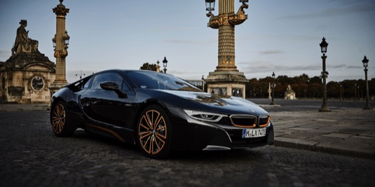 auto plug-in hybrid BMW i8 Ultimate Sophisto Edition